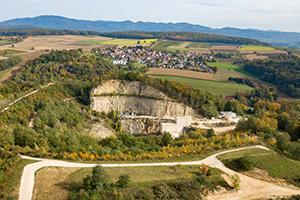 Kalkwerk Istein - Blick auf den Erlebnisweg Steinbruch Kapf